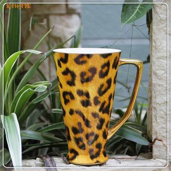 Tall Leopard Bone China Mug 16.9 oz