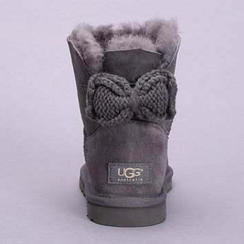 UGG Fashion Women Bow Fur Leather Wool Snow Boots Short Boots Shoes3