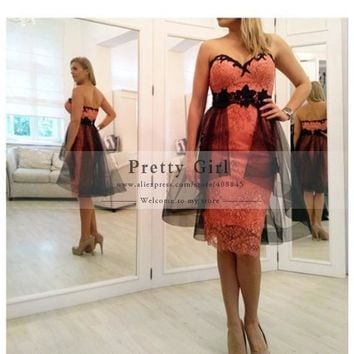 2016 New Fashion Elegant Knee Length Bandage Lace Cocktail Dresses Sweetheart Backless with Tulle Peplum Sexy Party Dress Cheap