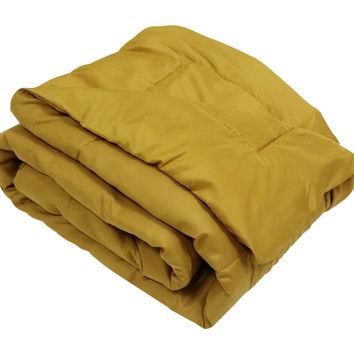 High Quality Oversized Down Alternative Comforter Super Soft 90 GSM- Gold