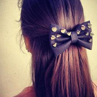 black Spikes Bow from colordrop