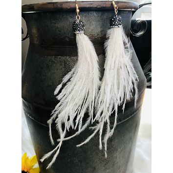 Second Wind Feather Earrings: Soft White
