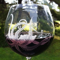 "Octopus wine glass ""Odette"""