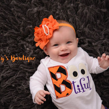 Baby Girl Halloween bodysuit/Shirt -- Bootiful Halloween Outfit -- Baby shower gift -- Halloween girls outfit -- Ghost -- Halloween t shirt