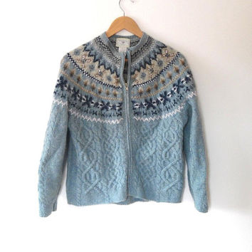 Fairisle knitted cardigan / pale blue / navy / cream / white / vintage / zip / hand knitted / high collar / zip up / cable knit cardigan