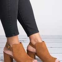 Highlight Block Heel Sandals - Chesnut