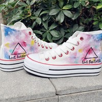 Women's Triangle Pattern Hand Painted High Top Canvas Sneakers D1126