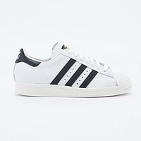 Adidas Originals Superstar 2 Trainers in White and Black - Urban Outfitters