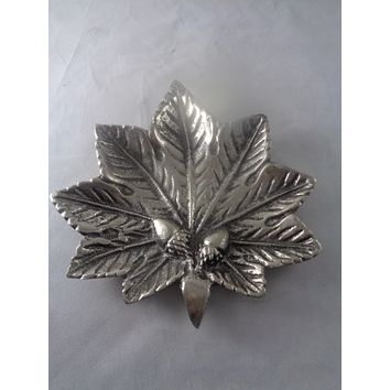 Pewter Leaf With Acorn Accent Bowl
