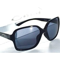 NEW* Oakley PROXY Black w Grey Lens in BLACK Women's Sunglass 9312-01