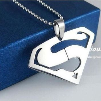 Superman Pendants Necklaces For Men And Womenhigh Quality 316l Stainless Steel Jewelry (color: Silver) = 1946858116