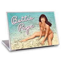 GelaSkins Bettie Page Beach Laptop Skin (15-Inch) - Dark Horse - Bettie Page - Computer Accessories at Entertainment Earth