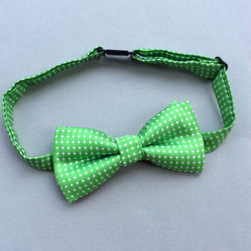 green Boys bow tie baby green youth bow tie Boys accessories boys ring bearer outfit toddler bow tie polka dot bow ties Christmas bow tie