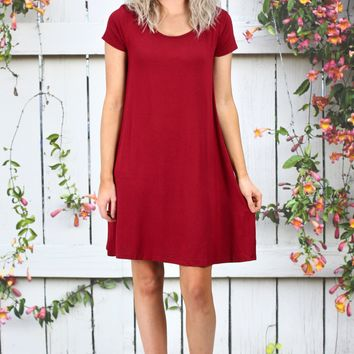 Closet Staple Basic Short Sleeve Dress {Burgundy}