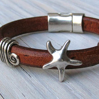 Starfish Charm Bracelet, Regaliz Bracelet, Thick Leather Bracelet, Ocean Inspired, Gifts for her, Gifts for Mom, Teens, Gifts under 45