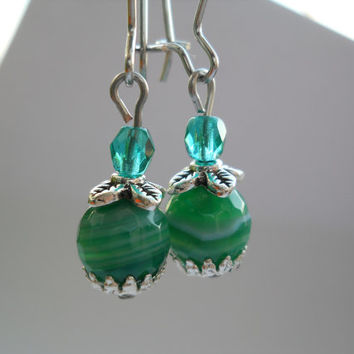 Green agate earrings, dangle earrings, agate jewelry, kidney ear wire, green earrings, gemstone earrings, faceted agate beads, green jewelry
