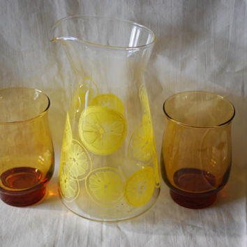 Glass Carafe and 2 Duralex Glasses , Anchor Hocking Juice Pitcher with 2 Amber Glasses