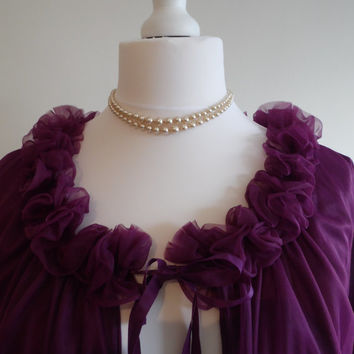 Vintage purple peignoir negligee and babydoll nightgown set in sheer violet ruffled nylon 34-36""