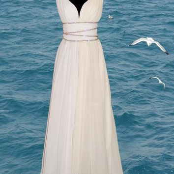 Grecian style wedding dress by atelierTAMI on Etsy