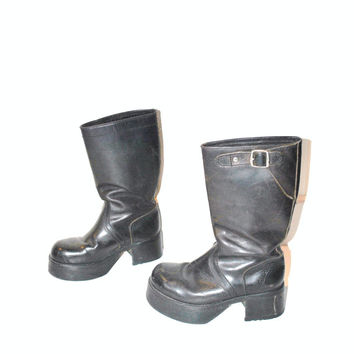 CHUNKY mega PLATFORM boots / vintage 1970s military GOTH rocker stacked toe wehrmacht / size 36 5 6
