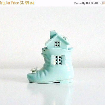 ON SALE Vintage Baby's Room Night Light, 1950s, Baby Boy's Night Light, Pastel Blue, Baby's Shoe Night Light, Baby's Room Decor