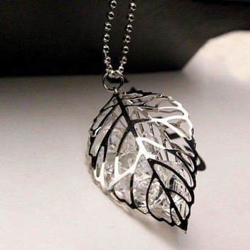 Graceful Rhinestone Leaf Hollow Out Sweater Chain For Women - Silver