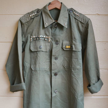 Vintage Military Issue Womens 1950s Utility Shirt with Stars and Studs Womens Army Fatigue Shirt OOAK