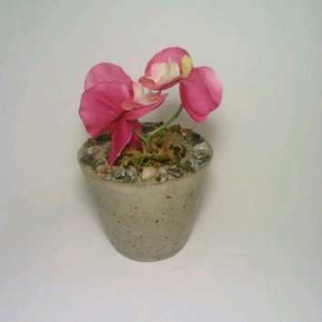 Concrete Vase, ONE Vase, Concrete, Stone, Rock, Candle Holder, Tea Light Holder, Miniature