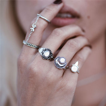 Retro bohemian Siamese chain Mittens 4pcs / set ring sun moon ring for women