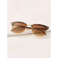 Tortoiseshell Frame Sunglasses With Case