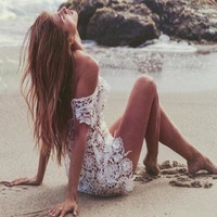 round neck lace backless beach dress
