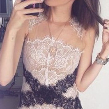 Lace Sleeveless Bodycon Mini Dress