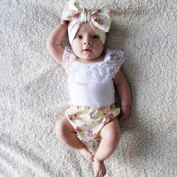 3pcs Infant Clothing Set Baby Girls Lace T-shirt + Headband+Floral PP Panty Outfit Clothes Suit