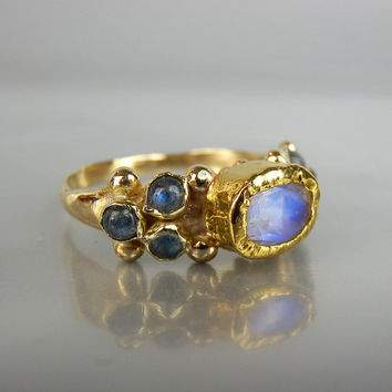 Solid Gold Ring, Moonstone Ring, Alternative Engagement Ring, Moonstone Labradorite Caterina Ring, Wedding Ring, Gemstone Ring, Summer SALE