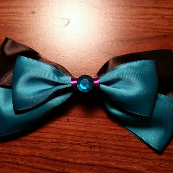 Disney's Elsa coronation inspired handmade hair bow