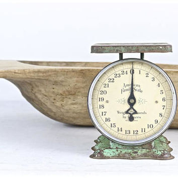 Vintage Scale, Green Scale, Old Scale, Vintage Green Scale, Farmhouse Scale, Rustic Scale, Vintage Kitchen Scale, Antique Kitchen Scale