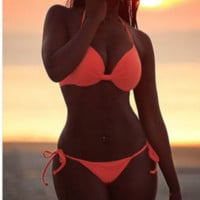 Hot orange twist show body two pieces traps bikini