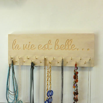 Engraved Necklace / Jewellery Hanger - La vie est belle...