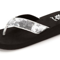Yellow Box Yakira Silver Flip Flops