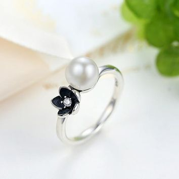 Mystic Floral Stackable Ring, Pearl & Black
