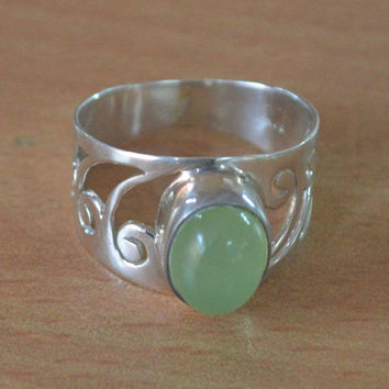 Prehnite Ring,Sterling Silver Prehnite Ring,womans wide ring,Boho Handmade Designer 925 Silver Ring Green Stone Unique Cut Oval Cabochon NEW