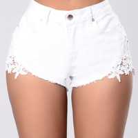 Quick Trim Shorts - White