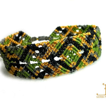 "Micro Macrame Bracelet ""Old forest"", multicolor, inspired by the forest, knoted bracelet, adjustable bracelet"