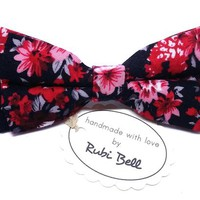 Bow Tie - floral bow tie - wedding bow tie - black bow tie with red flower pattern - man bow tie - men bow tie - gifts for him