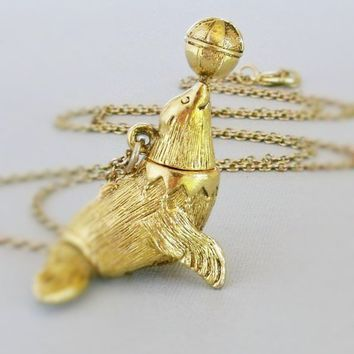 Circus Seal Necklace, Sea Lion Necklace,Circus Lovers Gift,Gold Seal Locket Necklace, Sea Lion Pendant,Seal Lovers Gift,Sea Lion Lovers Gift