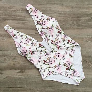 One Piece Bathing Suit Sexy Retro White Floral Deep V Plunging Trikini Swim Bathing Suit Backless Monokini High Waist Swimwear Women  Swimsuit KO_9_1