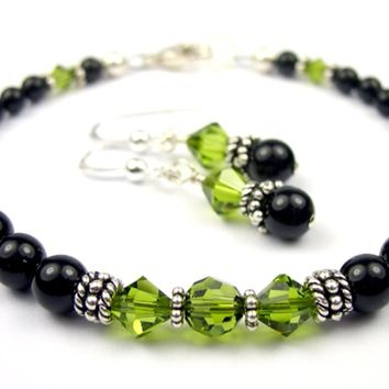 Black Pearl Beaded Bracelets and Earrings SET w/ Simulated  Green Olivine Accents in Swarovski Crystal Birthstone Colors