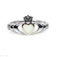 Sterling Silver Small White Opal Inlay Claddagh Ring
