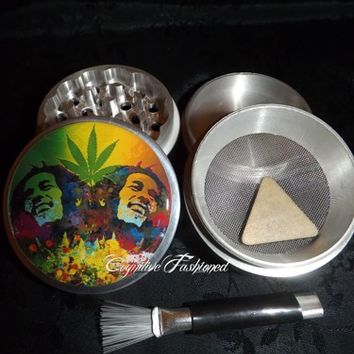 Bob Marley Rasta Weed Leaf 4 Piece Herb Grinder Pollen Screen Catcher