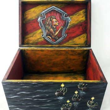 Box Harry Potter Hogwarts Hand Painted Wooden Jewelry box Keepsake Box Storage Gryffindor Slytherin Hufflepuff Ravenclaw Birthday gift